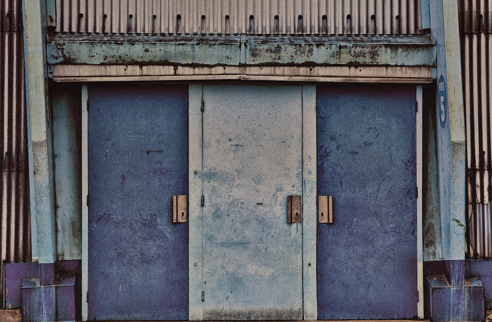 portes bleues